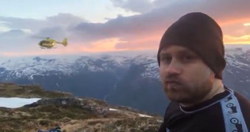 """Video: un """"streamer"""" se cae en la montaña, se fractura una pierna y transmite en directo su rescate en helicóptero"""