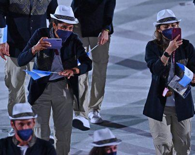 Imágenes del desfile de los atletas de Guatemala en la ceremonia inaugural de los Juegos Olímpicos de Tokio