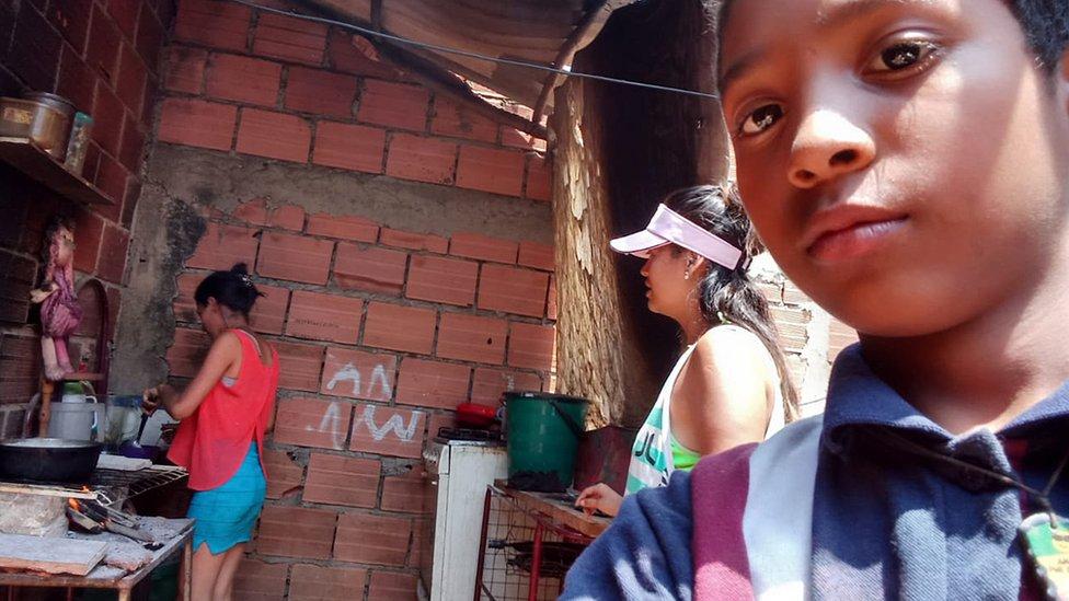 """""""Es como si Venezuela ya no existiera"""": cómo viven dos niños la odisea de dejar su país y empezar en otro (sin intenciones de regresar)"""