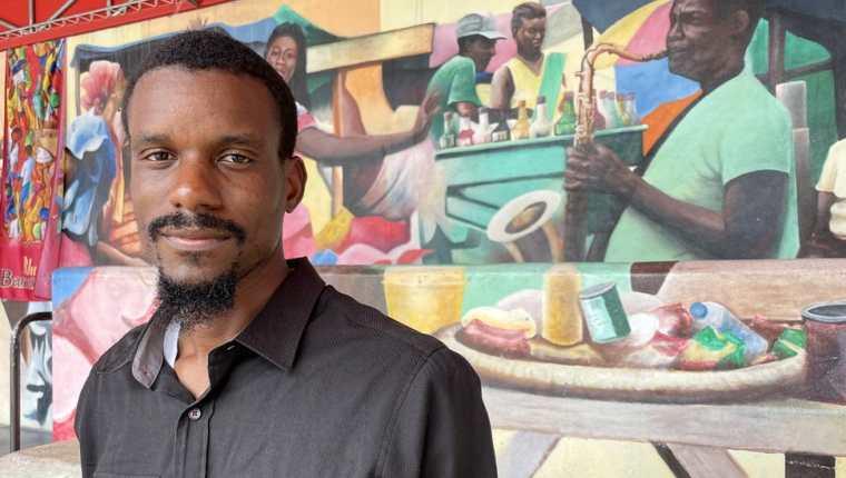 Jean Dondy Cidelca es un joven arquitecto de Little Haiti que promueve la cultura local.