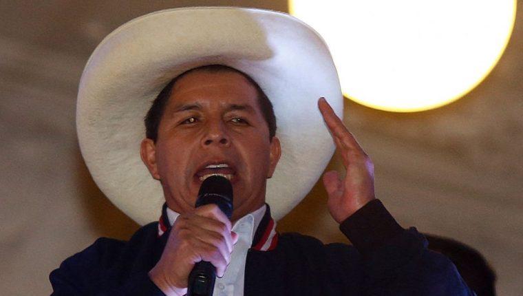 Pedro Castillo llegó a la presidencia de Perú con un programa de economía popular con mercados.