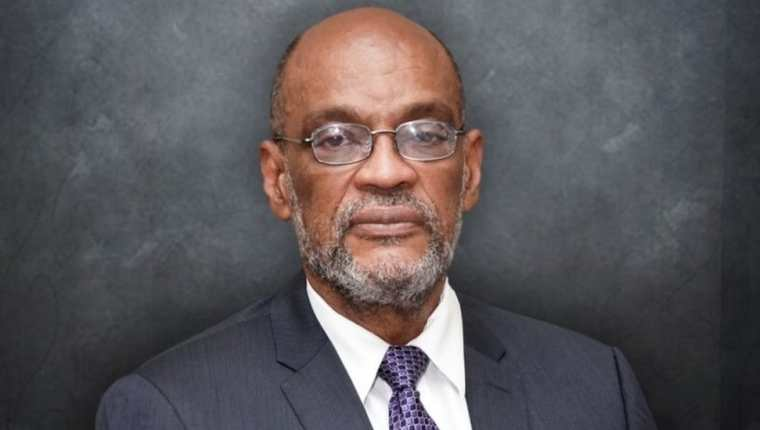 Ariel Henry es un neuricirujano de 71 años.
