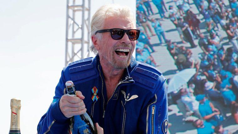 El 11 de julio el magnate británico Richard Branson ascendió 80 km para llegar al borde del espacio. (REUTERS)