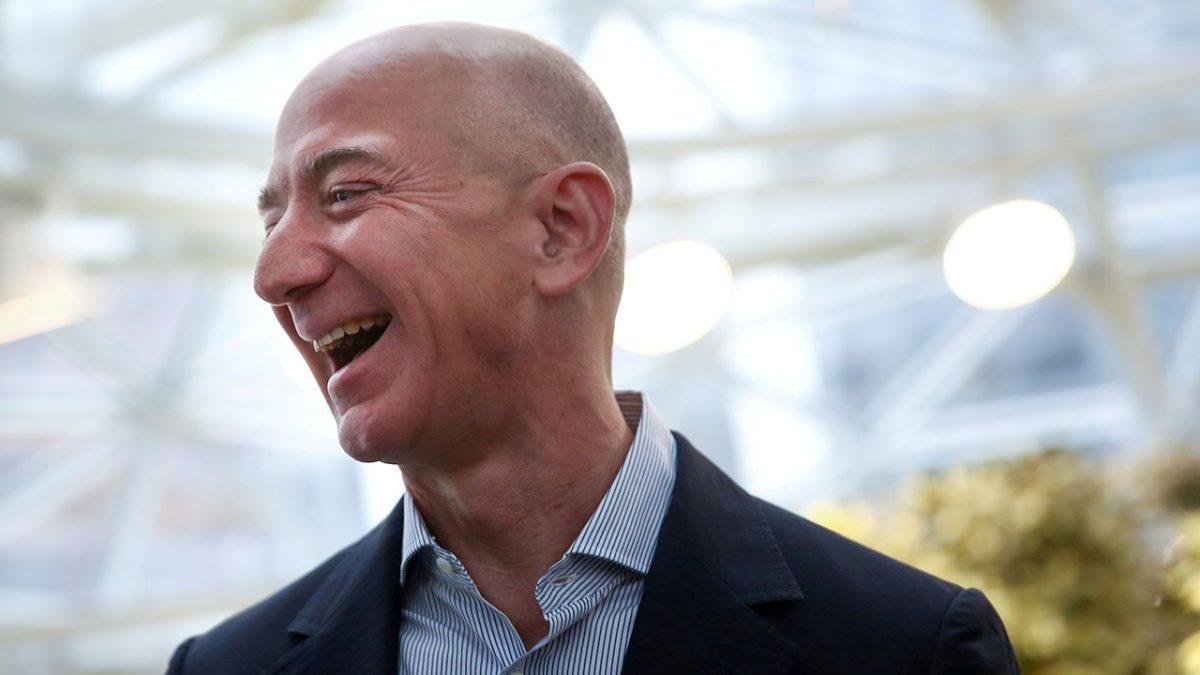"""""""El vehículo está listo"""": Jeff Bezos se prepara para su primer vuelo espacial y asegura no estar nervioso"""