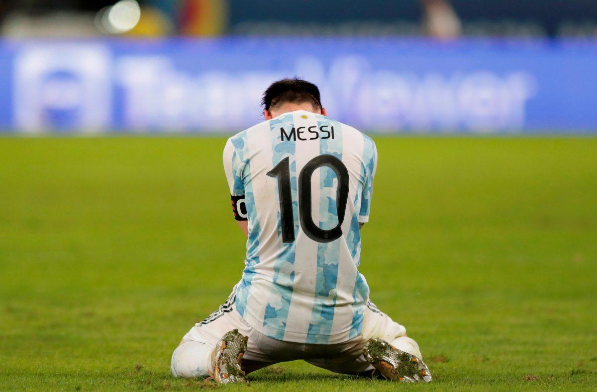 Mario Kempes asegura que Lionel Messi nunca será como Diego Maradona