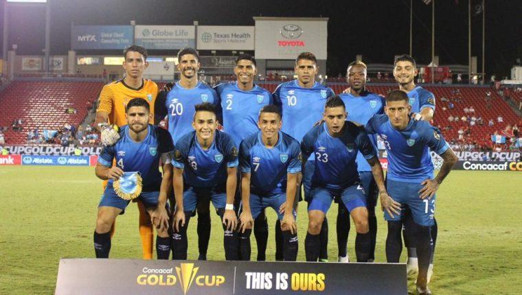El once inicial que jugó el domingo 18 de julio ante Trinidad y Tobago en el último partido de la Copa Oro 2021. Al final empataron 1-1. La Sele sumó un punto y anotó un solo gol. Foto Prensa Libre: Fedefut.
