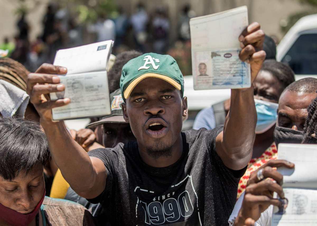 Guatemala retorna a 9 residentes en Haití tras el magnicidio de Moïse
