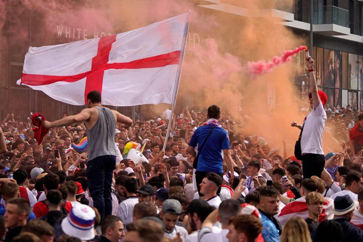 Ambiente tenso en inmediaciones de Wembley antes del Italia-Inglaterra