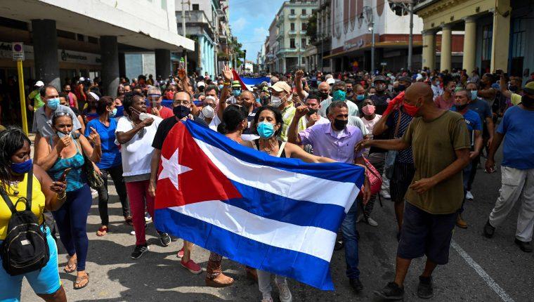 Cuba es sacudida por manifestaciones inéditas contra el gobierno – Prensa  Libre