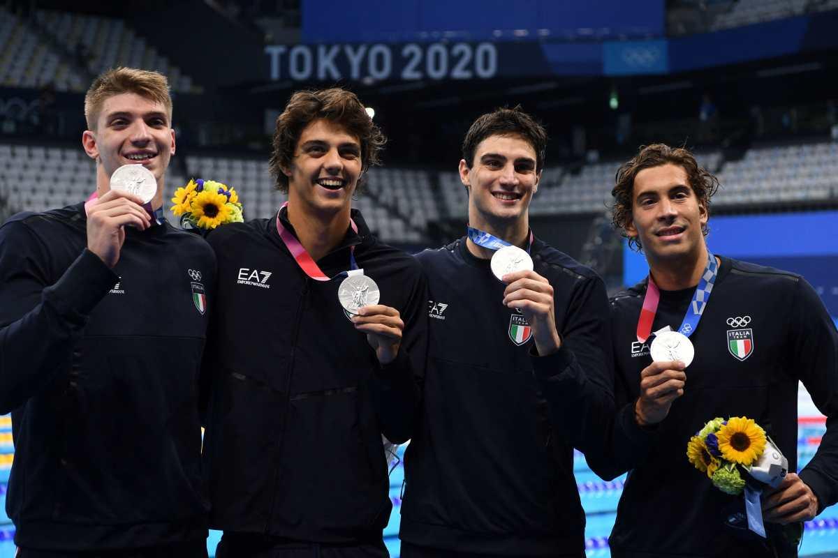 """Le roban los """"recuerdos"""" a nadador italiano medallista de plata en Tokio"""