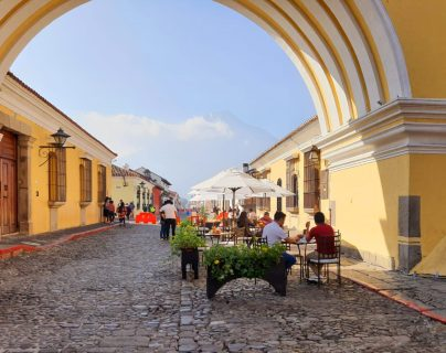 Dos asuetos, exoneraciones y un fondo de garantía proponen ante crisis del turismo