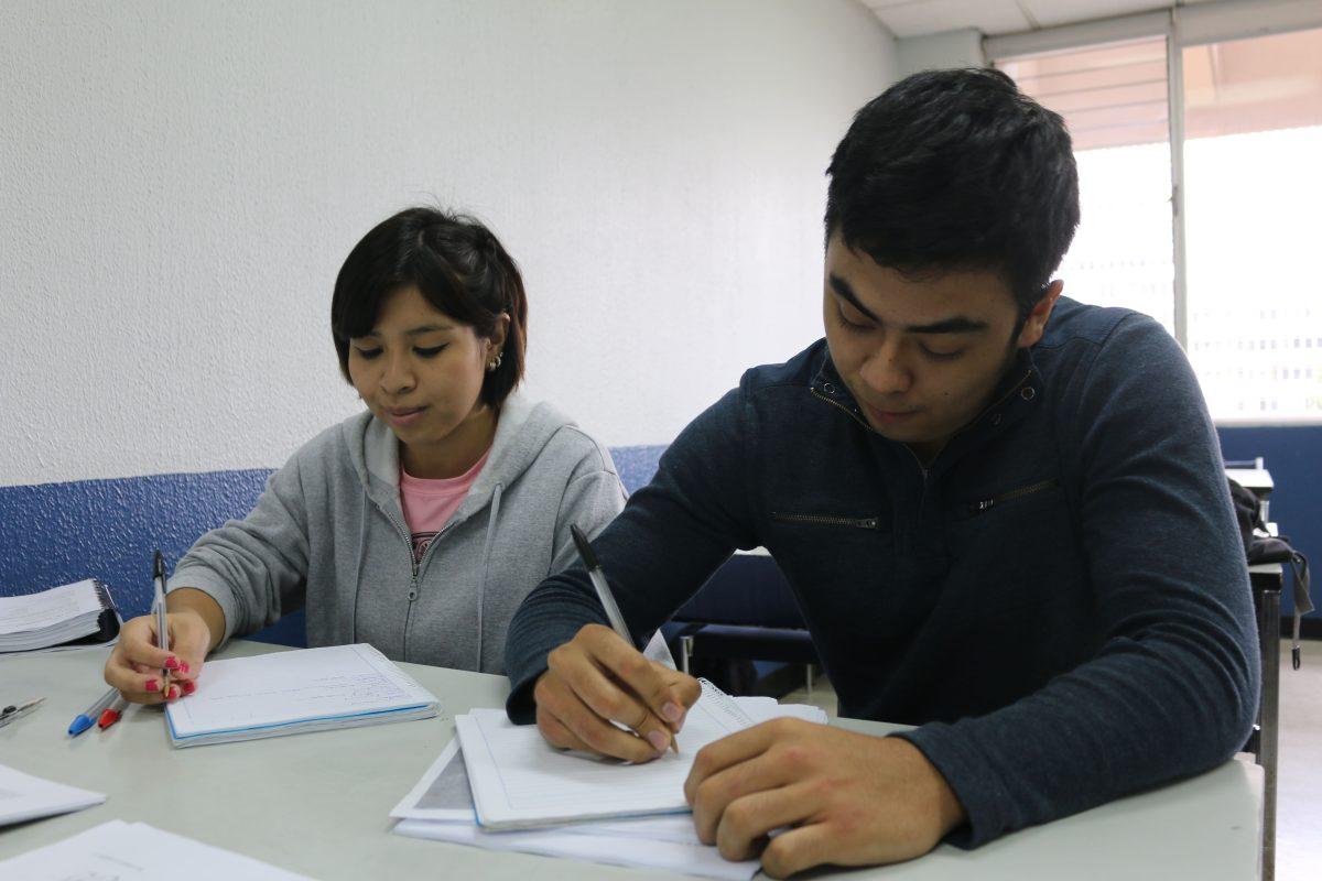 Segunda feria virtual otorgará 500 becas de inglés a graduados de diversificado