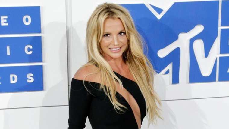 La exitosa cantante de pop buscaba tomar el control de su fortuna, en manos de su padre, de al menos 60 millones de dólares. (Foto Prensa Libre: EFE)