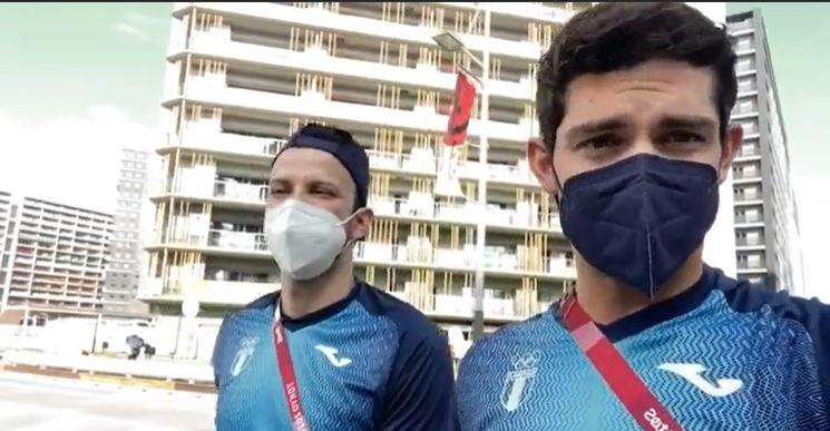"""""""¿Cómo te sentís vos?"""": La entrevista de amigos entre Charles Fernández y Kevin Cordón antes de la semifinal en Tokio"""