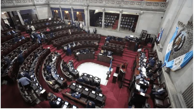 Improductividad y poca transparencia rodean a las 38 Comisiones Legislativas