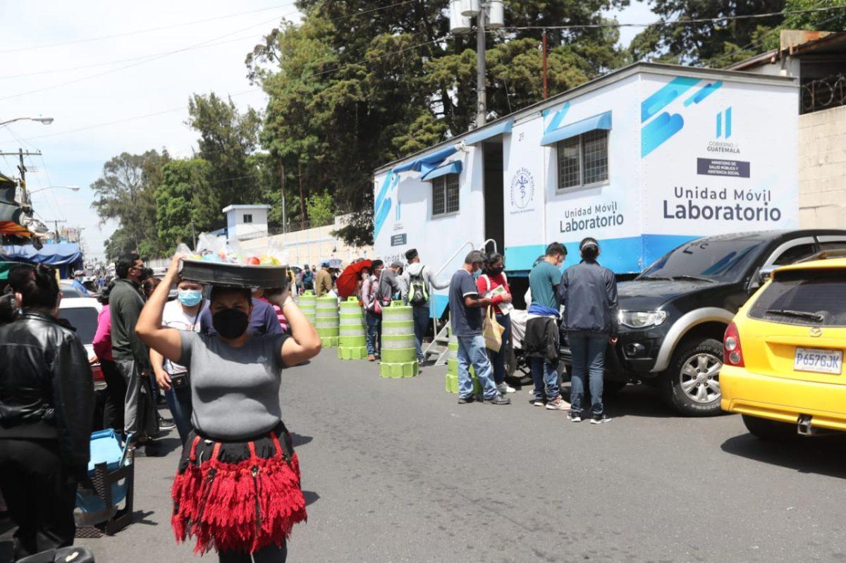 Coronavirus en Guatemala: tercera ola de contagios deja 64 muertes más y 2 mil 639 nuevos casos