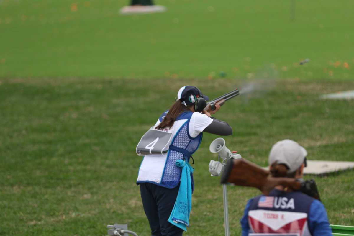 Vamos Guate: Adriana Ruano cambió la gimnasia por el tiro de armas de caza