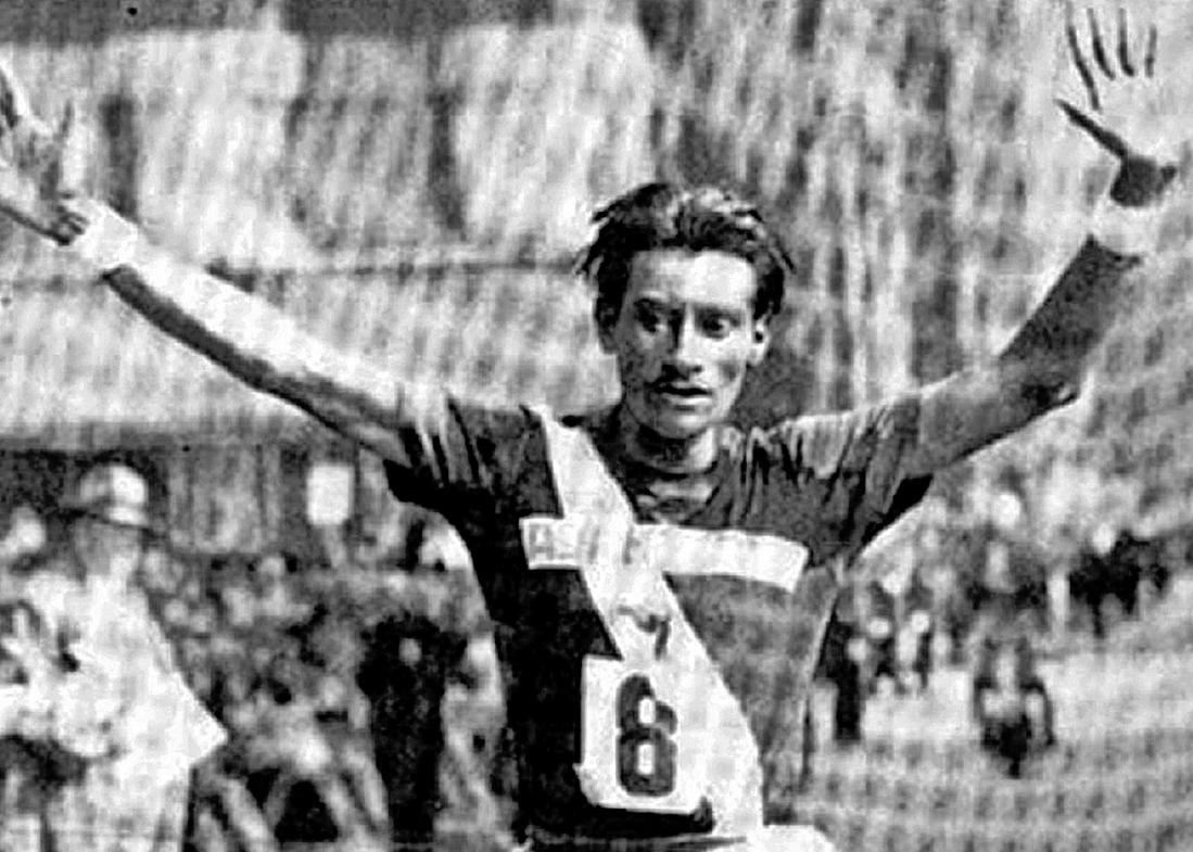 Historia de Guatemala: Triunfa Doroteo Guamuch en abril de 1952