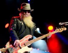 El músico Dusty Hill, bajista de ZZ Top, falleció a los 72 años. (Foto Prensa Libre: EFE)