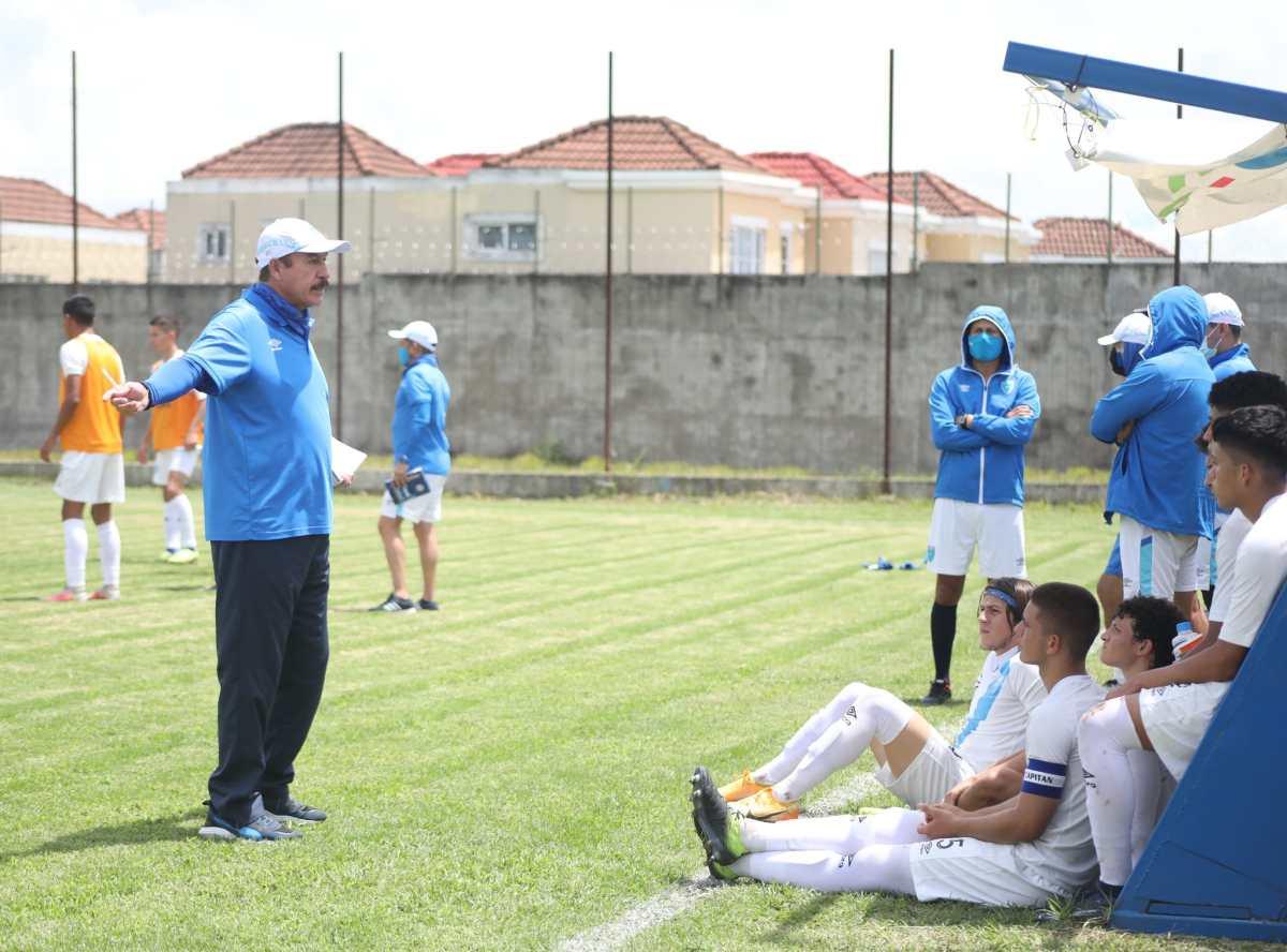 """""""Es un orgullo dirigir a la Selección"""", conoce al mexicano, Rafael Loredo, que dirigirá a Guatemala en la Copa Oro 2021"""