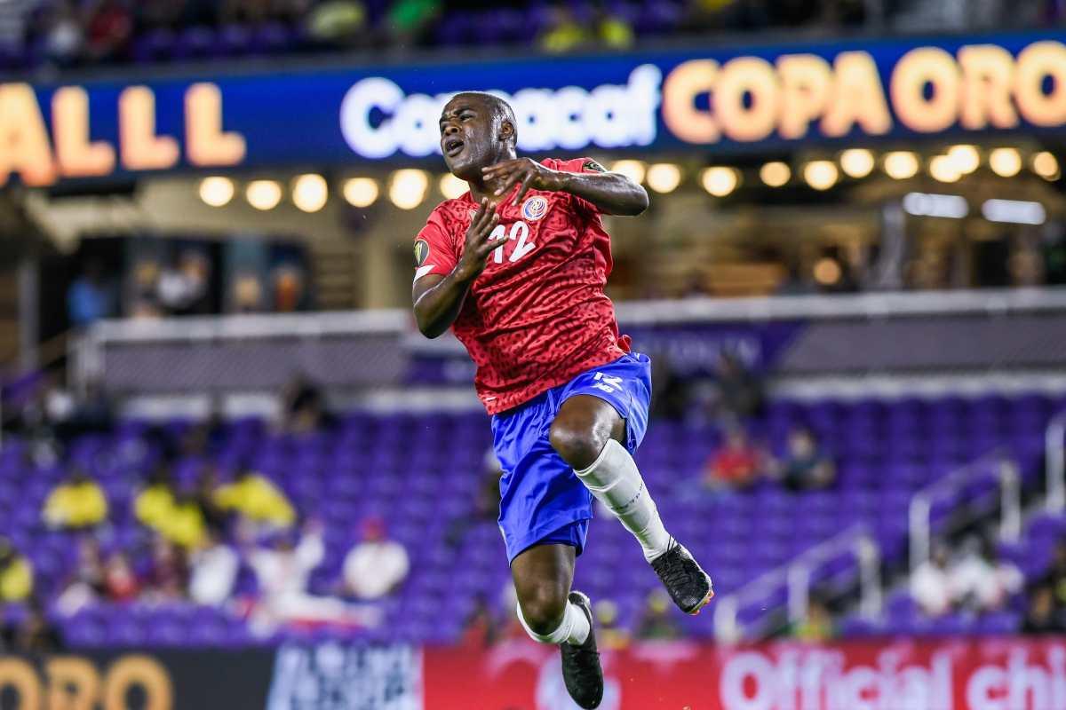 Joel Campbell comanda a Costa Rica para derrotar a la Selección de Guadalupe