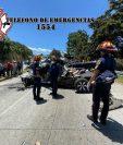 Socorristas utilizaron herramienta especial para rescatar los cuerpos de las víctimas. (Foto: Bomberos Municipales Departamentales)