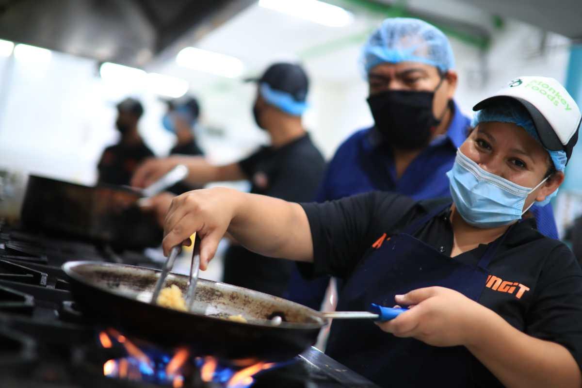 Qué es una cocina fantasma y cómo opera en Guatemala