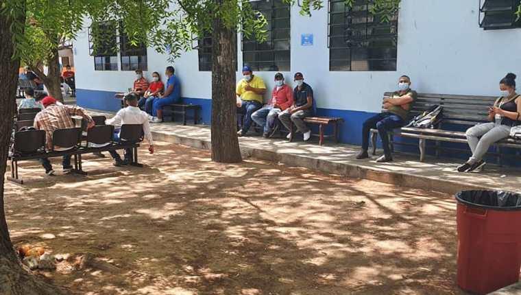 Hospital Regional de Zacapa se queda sin recursos para atender a pacientes con covid-19. (Foto Prensa Libre: Tomada de la página del Hospital)