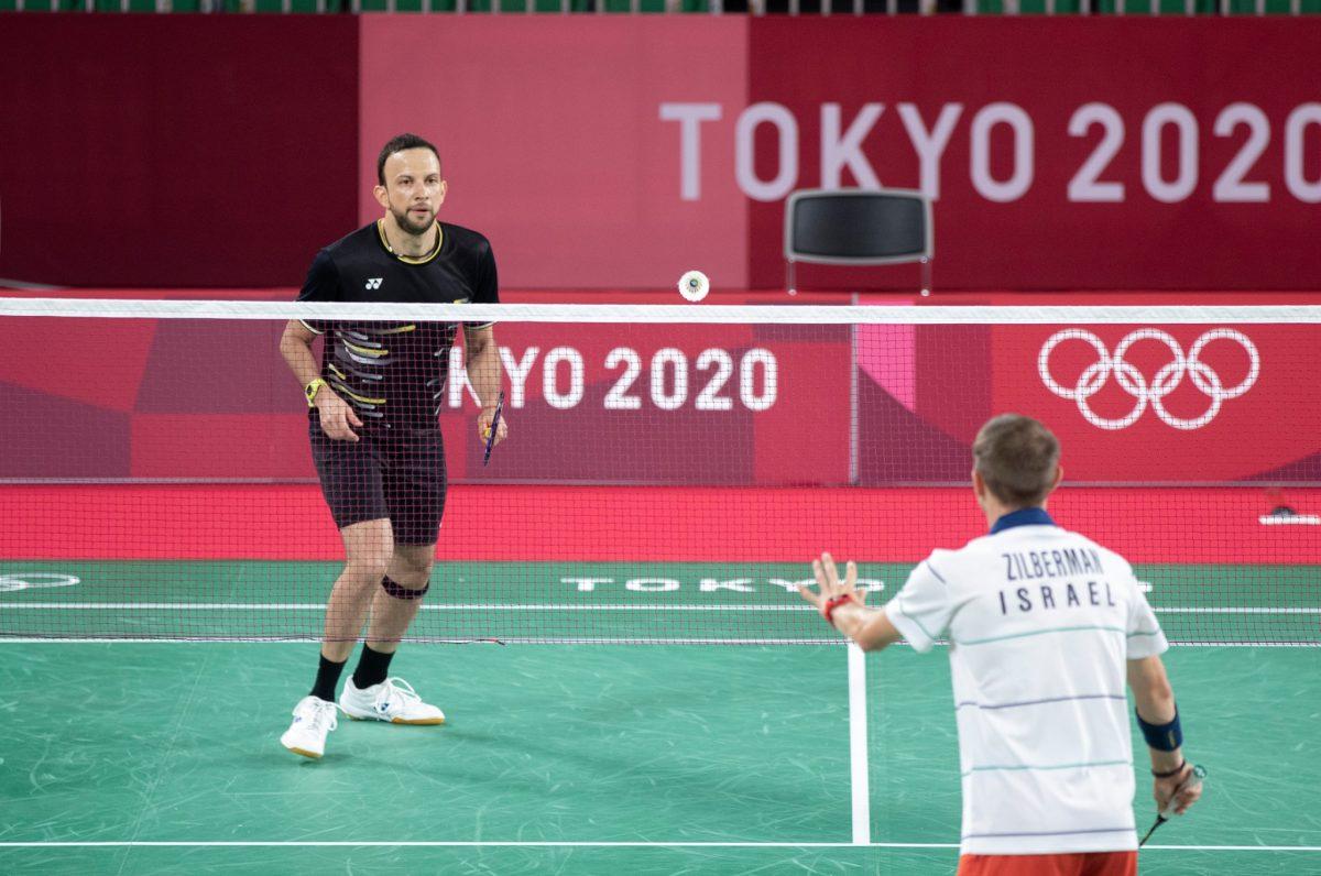 Kevin Cordón y Nikté Sotomayor se entrenan en la duela del Musashino Forest Sport Plaza