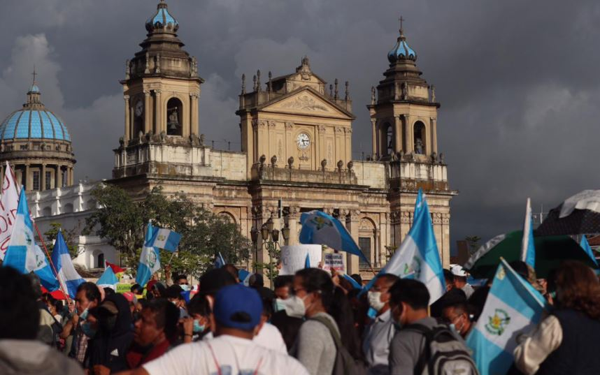 Siete países se pronuncian por destitución de exjefe de Feci y piden al Gobierno retomar lucha contra la corrupción