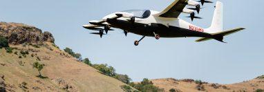 Kitty Hawk es una de varias empresas que esperan llevar taxis aéreos autónomos al público. Probando un Heaviside. (Jason Henry para The New York Times)