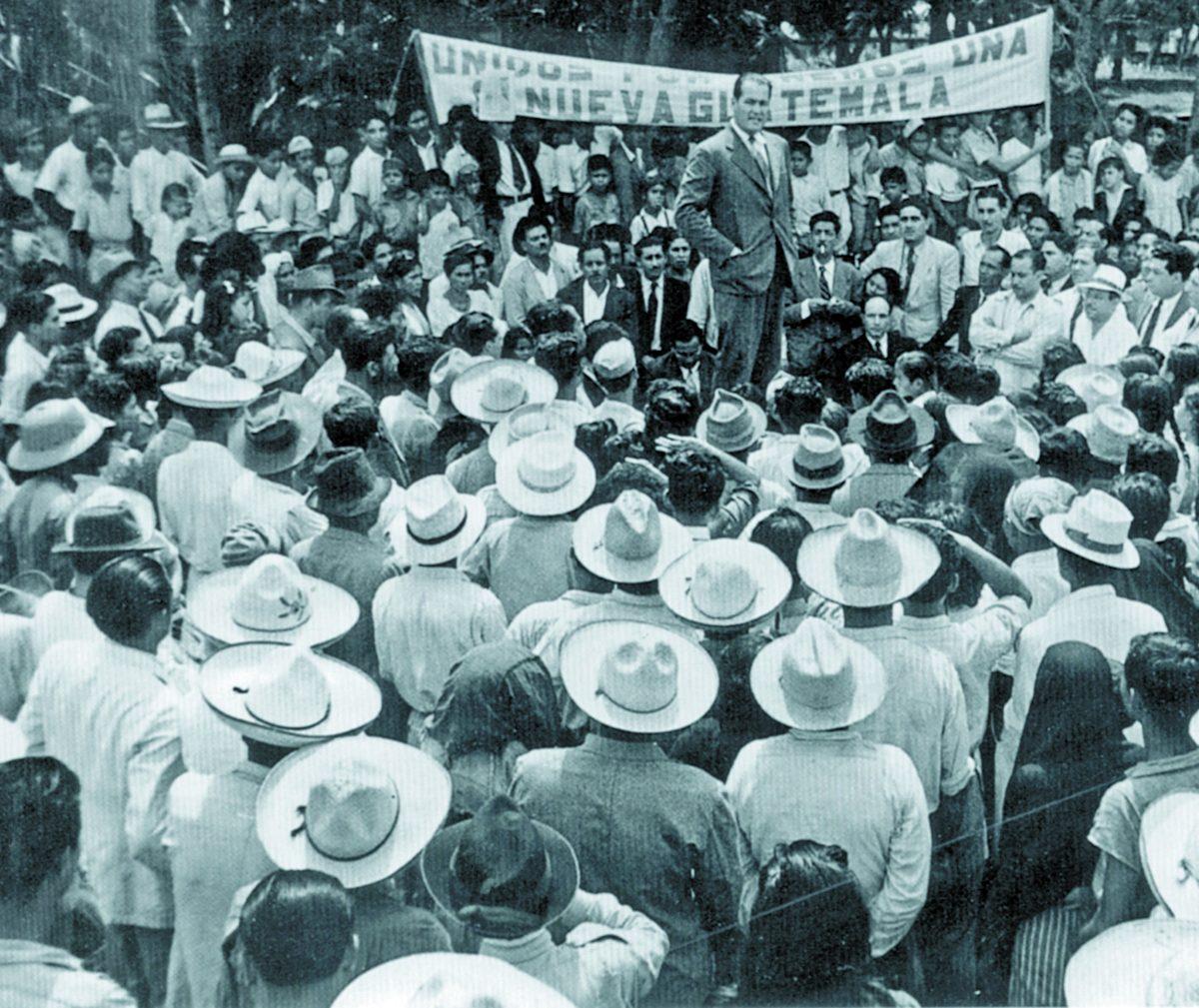 Historia de Guatemala: Arévalo asume la presidencia en 1945