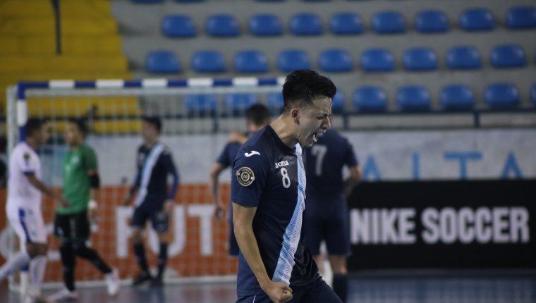 Roberto Alvarado es una de las principales figuras de la Selección de Futsal de Guatemala. (Foto Futsal).