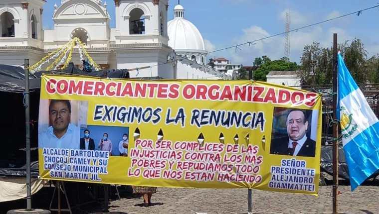 El cierre total en San Martín Jilotepeque, Chimaltenango provocó inconformidad entre vecinos y vendedores. (Foto Prensa Libre: Edwin Rodríguez)