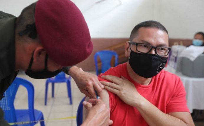 Guatemala avanza en el proceso de vacunación contra el covid-19. (Foto Prensa Libre: Erick Ávila)