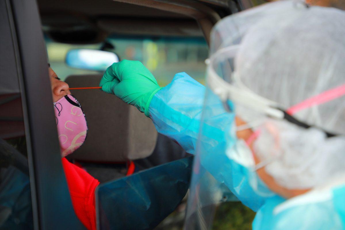 ¿Cuán contagiosos son los vacunados que se han infectado?