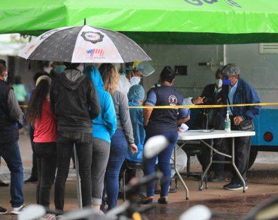 Autoridades reportan 2 mil 904 casos nuevos de covid-19 y más de 30 mil casos activos en Guatemala