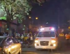 Al parecer, los atacantes bebían dentro de la discoteca. (Captura de video/Bomberos Voluntarios)