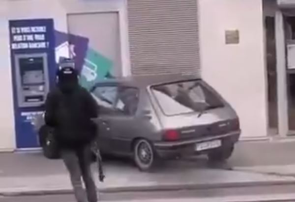 intentan robar cajero automático en Francia