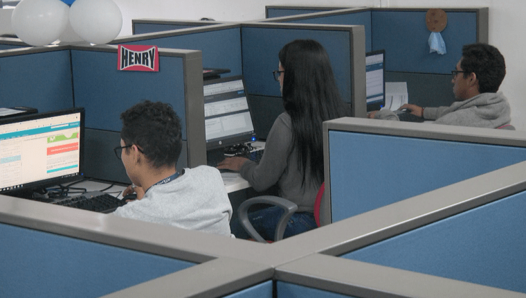 Los salarios regionales, la contratación de tiempo parcial y movilidad laboral fueron expuestos por el Mintrab. (Foto, Prensa Libre: Hemeroteca PL).