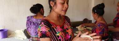 Ana Gonzales, cantante de Quiché
