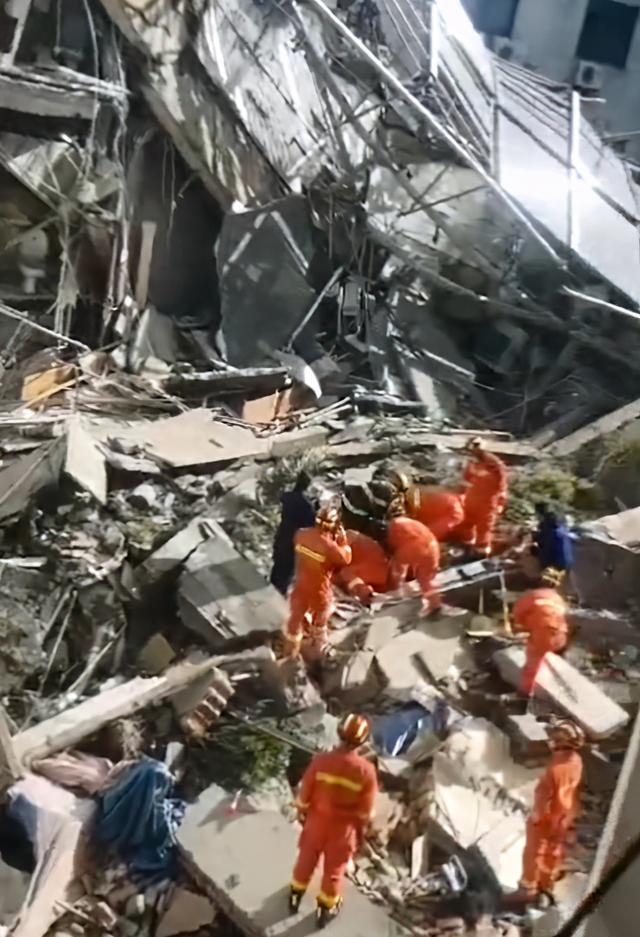 Imágenes: Derrumbe de un hotel en China deja un muerto y 10 desaparecidos