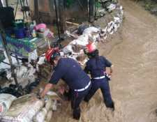 Inundaciones en aldea Agua Salobrega, El Progreso. (Foto Prensa Libre: Conred)