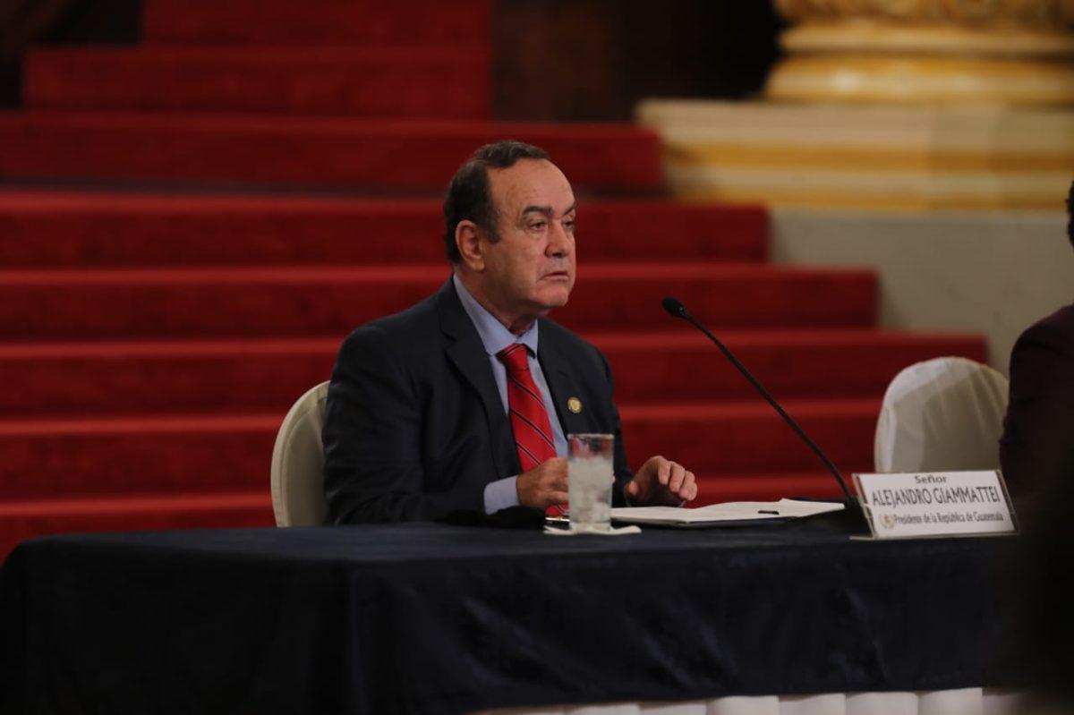 Giammattei dice que pondrá a disposición del MP información que se requiera sobre cualquier señalamiento en su contra