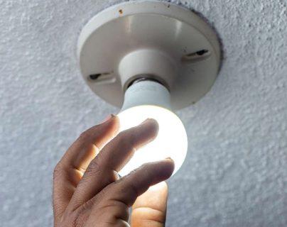 No hay ajuste: CNEE mantiene tarifas de energía para el trimestre de agosto a octubre