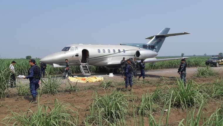 Desde el 2019, en promedio, cada 10 días aterriza una aeronave con cocaína procedente de América del Sur. (Foto Prensa Libre: Hemeroteca PL)