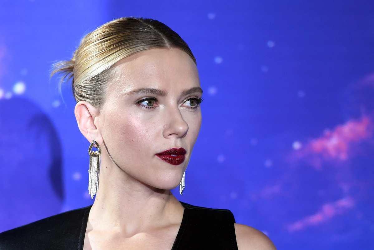 """Scarlett Johansson demanda a Disney por estreno en streaming de película """"Black Widow"""" (la promesa y el incumplimiento de contrato)"""