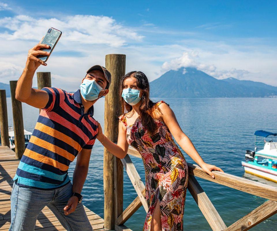 Cómo la lenta vacunación afecta a los destinos con atractivos turísticos de Guatemala