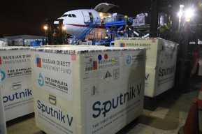Llegan a Guatemala 310 mil dosis de vacunas Sputnik V, con las que suman 860 mil de las 8 millones que ya se pagaron