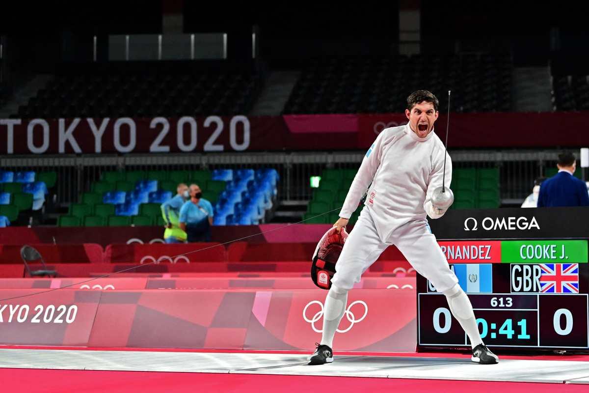 Charles Fernández culmina la prueba de esgrima en el pentatlón moderno con 13 victorias